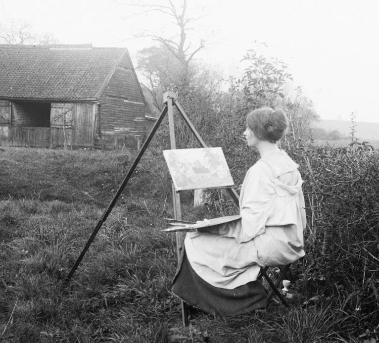 Eleanor Gribble Painting on site